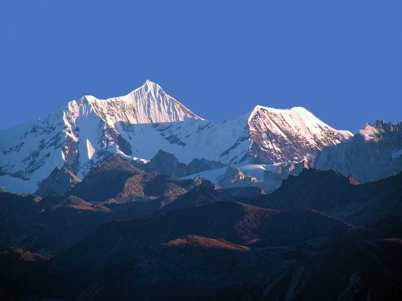 Gorichen peak as seen from Bailey Trail