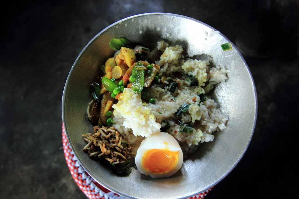 Nagaland food trail kipepeo typical naga meal forumfinder Choice Image